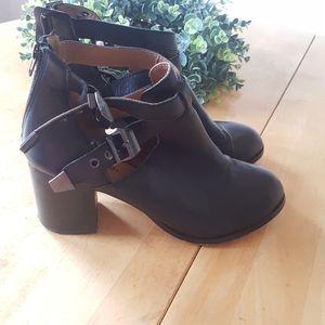 Zigisoho Rosemary Black Leather Heeled Ankle Boots